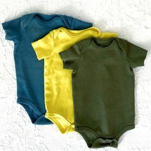 Primary | Short Sleeve Bodysuits (0-3 mos)